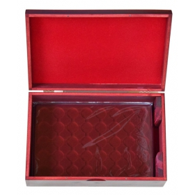 Drevený kufrík na uloženie plát na zberateľské mince - mahagón